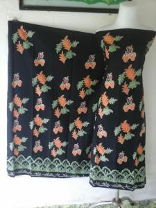 Batik Motif Strawberry