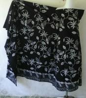Batik Tulis Motif Bunga Hitam Putih